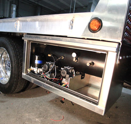 CUSTOM TOOL BOXES FOR TRUCKS -Pickup Trucks, Semi Tool ...